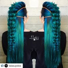 THIS IS STAGGERING WORK BY @lalasupdos & @masey.cheveux Incredible ladies ・・・ @pulpriothair color by @masey.cheveux Colors used: Aquatic, Absinthe, Nightfall, Powder Style by @lalasupdos Volume and texture with my @sv_textur_iron from @samvillahair #lalasupdos
