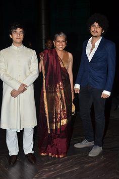 Ratna Pathak with sons Vivaan and Imaad Shah Ratna Pathak, Mira Rajput, Shahid Kapoor, Indian Weddings, Yards, Desi, Latest Fashion, Sons, Cool Style