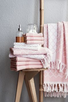 Love these tassel trimmed towels! Decadent Update your bathroom with soft towels, plush bathroom rugs and shower curtains for spa-like, everyday luxury! Pink Towels, Soft Towels, Bathroom Trends, Bathroom Interior, Bathroom Remodeling, Bathroom Towels, Bath Towels, Bathroom Wall, Towel Set