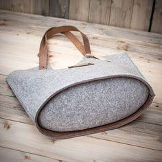 hausschuhe steinschaf filz pantoffeln mit edelweiss 37 38 ein designerst ck von. Black Bedroom Furniture Sets. Home Design Ideas
