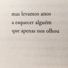 """José Tolentino Mendonça, no livro """"a noite abre meus olhos"""" Best Quotes, Love Quotes, Inspirational Quotes, Bukowski, Aesthetic Words, Text Pictures, Strong Quotes, My Mood, Some Words"""