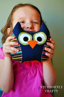 Stuffed Owl - easy sewing project and good for scraps!! Perhaps this could be my first sewing project!