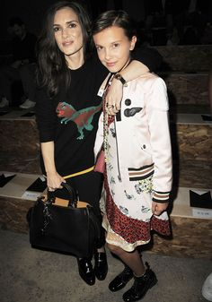 Stranger Things' Winona Ryder & Millie Bobby Brown Reunite at Coach NYFW Show!: Photo Winona Ryder and Millie Bobby Brown share a cute moment while attending the Coach 1941 Women's Spring 2017 runway show held during New York Fashion Week on Tuesday… Winona Ryder, Fashion Week 2016, Fashion Mode, New York Fashion, Millie Bobby Brown, Stranger Things Actors, Bobby Brown Stranger Things, Sarah Jessica Parker, Karl Lagerfeld