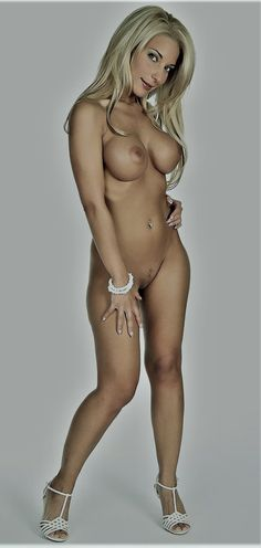 PKR SEXY WOMEN: NUDE WOMEN (10 photos)