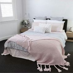 Cute And Girly Pink Bedroom Design For Your Home - ideahomy Pink Bedroom Design, Pastel Bedroom, Pink Bedroom Decor, Pink Bedrooms, Gray Bedroom, Home Bedroom, Bedroom Ideas, Bedroom Designs, Bedroom Inspiration