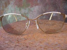 70e832309eaf French vintage eyeglasses. 1980s boho tortoiseshell browline on gold  frames. Marbled art deco detail vintage glasses. Great condition.
