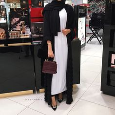 Find images and videos about hijab, hijab fashion and abaya on We Heart It - the app to get lost in what you love. Iranian Women Fashion, Arab Fashion, Islamic Fashion, Muslim Fashion, Modest Fashion, Modest Wear, Modest Outfits, Mode Abaya, Eid Outfits
