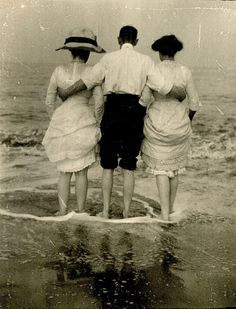 Day at the sea , 1912