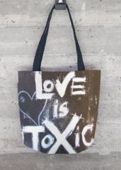 Love is Toxic: What a beautiful product!