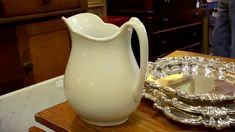 Tour of Mrs. Holder's Antiques   At Home With P. Allen Smith