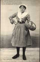 Postcard Vendee, les Sables d'Olonne, Frau in Tracht, Flechtkorb
