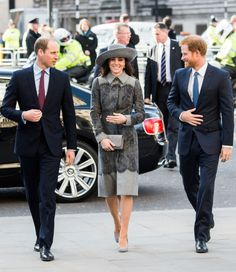 The Duchess of Cambridge with the Princes in a groutfit at the Commonwealth Observance Day Service.