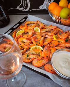 Orange is the new black - Oven cooked shrimps  Recipe on the blog @forkgonewild (link in bio)  #shrimps #ovencooked #seafoodtime #leanmeal #cleanproteins #takeyourprotein #lowfatdiet #lowfat #lowcarb #fastdinnerideas #fastmeal #quickrecipes #instafood #instablog Oven Cooked Shrimp, Cooked Shrimp Recipes, Lean Meals, Fast Dinners, Low Fat Diets, Oven Cooking, How To Cook Shrimp, Orange Is The New Black