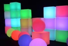 Lounge Lighting, Lava Lamp, Table Lamp, Home Decor, Cubes, Toy Block, Table Lamps, Decoration Home, Room Decor