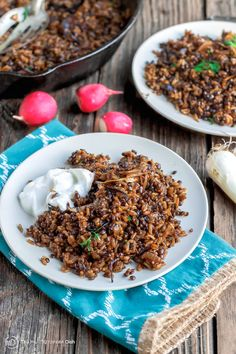Mujadara Recipe | The Mediterranean Dish. This simple lentils and rice recipe garnished with crispy onions is a signature Middle Eastern Dish that makes for a healthy flavor-packed feast. Vegan, Gluten Free. Check out the easy step-by-step photo instructions.