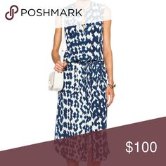Vince Ikat Print Cargo Maxi Dress Style V2680-50478 | 100% Silk | Condition: Pre-owned. Thread pulls throughout. | No trades or holds | PCPBG16 Vince Dresses Maxi