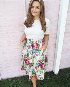 Cath Kidston floral midi skirt.