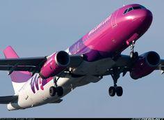 Wizz Air HA-LPK Airbus A320-232 aircraft picture