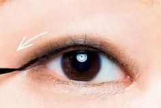 一重・二重・奥二重】それぞれ目がぱっちりに見える「正しいアイライン ... 出典:allabout.co.jp