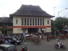 Pasar Gede Market, Solo Indonesia. This wet market is an old building designed by a well-known Dutch architect. The architecture is unique, enabling sellers to load their stuffs easily inside the market, diving it into sections, and providing them with excellent air and water circulations. http://indohoy.com/pasar-gede-hardjonagoro-solo-central-java/