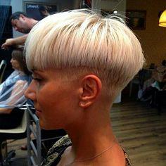 """Enzo & Anna's Hair World: Enzo""""s Picks November Edgy Short Haircuts, Blonde Haircuts, Short Hairstyles For Women, Cool Hairstyles, Short Hair Styles For Round Faces, Short Hair Cuts, Long Hair Styles, Mushroom Haircut, Anna Hair"""