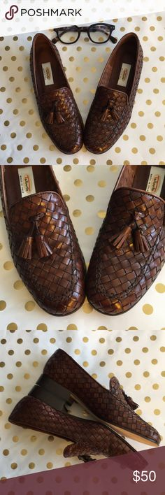 TALBOTS Woven Cognac Tassel Loafers, NWOT Most likely vintage 1990s! These Italian-made, all-leather, gleaming beauties are perfection for today's hipsters. NO wear to leather sole (which shows wear with even one wearing), so NWOT.  NOTE: marked N for narrow. Talbots Shoes Flats & Loafers