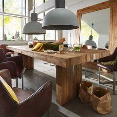 Massivholztisch aus Teak auf Pharao24.de finden. Rustikal und massiv ist der Esstisch  aus Teakholz. Hier beste Qualität für Ihr Esszimmer erleben: http://www.pharao24.de/massivholztisch-racadia-aus-teak.html#pint - Tolle Esszimmeridee!