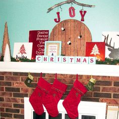 Red and Blue Wood-Theme Christmas Mantel- Love the Christmas blocks and reindeer names