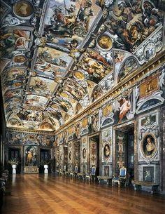 Affreschi di Palazzo Rucellai a Roma. 1589-1592