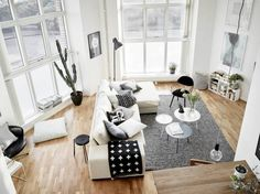 Planete deco - interesting living room layout