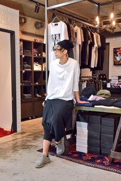 Pants, Rock, Fashion, Trouser Pants, Moda, Fashion Styles, Skirt, Women's Pants, Locks