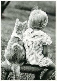 """aunatural: """" miezekatzen: """" girl and a cat (via ichabodhides) meinekatze: """" """""""" """""""