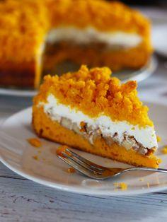 A zase ta dýně 🎃! Tentokrát jsem s ní vylepšila starý známý krtkův dort 🎂. Kakao jsem vyměnila za krásné oranžovou dýni, banány za skořicová jablíčka 🍎 a vyšlo to na jedničku. Keto, Pie, Cheese, Dishes, Fitness, Food, Thermomix, Pinkie Pie, Plate