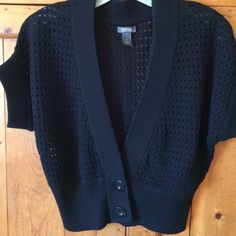 Kenneth Cole Sweater Sweater cover up perfect addition for basic in your closet. Great condition 20in long cotton Kenneth Cole Reaction Sweaters Cardigans