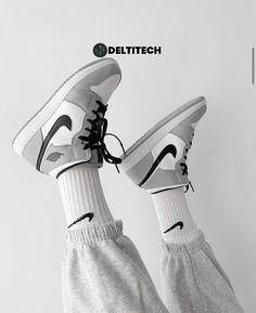 Gray Nike Shoes, Nike Casual Shoes, Dr Shoes, Cute Nike Shoes, Swag Shoes, Nike Air Shoes, Hype Shoes, Trendy Shoes, Nike Shoes Women White