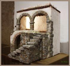 En esta entrada muestro una construcción hecha para el belén de este año, se trata de una casa para albergar la escena de la Anunciación. He...