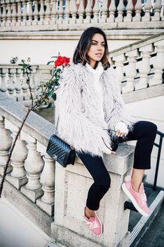 La tendencia de las zapatillas rosas