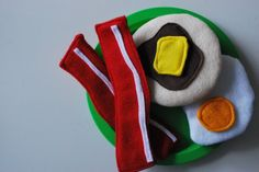 Just Another Day in Paradise: Free Felt Food Download- we put ours in a small frying pan