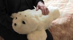 CAMH has found an unlikely secret weapon in treating depression and dementia, and it comes in the form of a fluffy, white seal named Paro. The robotic seal b. White Seal, Paros, Dementia, Depression, Things To Come, Teddy Bear, Weapon, Robot, Healing