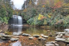 Schoolhouse Falls in Panthertown Valley, Western North Carolina