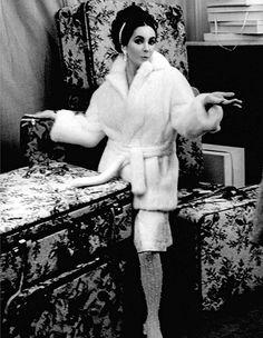 Elizabeth by Sharok Hatami, Paris 1963. via Flickr - Andrew Garth