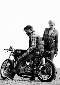 That's the look, but my cafe racer will have a rear seat for the wife. I'll ask her to wear daisy dukes and one of my flannels too. Motos Vintage, Vintage Bikes, Vintage Motorcycles, Ducati, Ferrari, Maserati, Harley Davidson, Easy Rider, Bobbers
