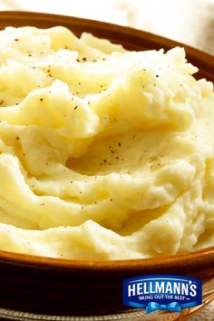This Rich & Creamy Mashed Cauliflower is a side for your table that's packed with flavor. It's quick and easy to make, too! Brought to you by the taste of Hellmann's Mayonnaise.