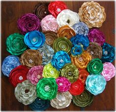 Beautiful flowers brooches, hairclips, corsages, headband, haircomb etc......