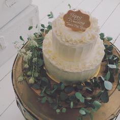 「やさしい雰囲気のウェディングケーキ。♡ #weddingcake #wedding #weddingday #cake #プレ花嫁 #」