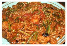 아귀찜 집에서도 쉽게 할 수 있어요 !! 전문점 맛 그대로 요조마의 업소용 아귀찜 - - ::: 알찬살림 요리정보가득한 82cook.com Korean Dishes, Korean Food, K Food, Good Food, Asian Recipes, Healthy Recipes, Ethnic Recipes, Asian Cooking, Meals For One