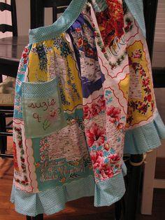 cute apron by rosesareblue