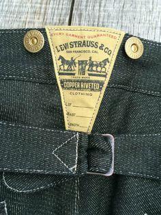 Levi's & Strauss