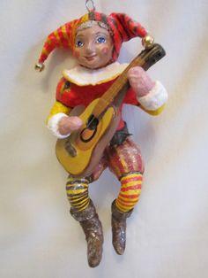 Моя творчество. Мальчик в костюме Арлекино. Ватная игрушка. Гитара из папье-маше.
