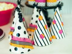 Halloween Party Decorations Made With Washi Tape | DIY